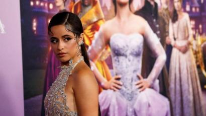 Hűha! Így ragyogott Camila Cabello a Hamupipőke premierjén