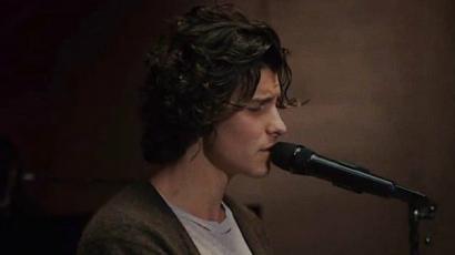 "Így dolgozta fel Shawn Mendes a ""Can't Take My Eyes Off You""-t"