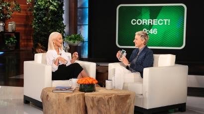 Így énekli kolléganői slágereit Christina Aguilera