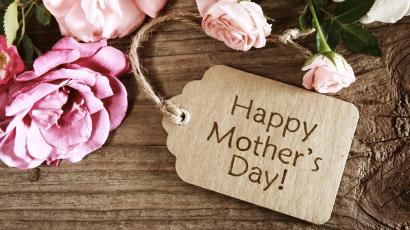 Így köszöntötték fel édesanyjukat a sztárok anyák napján