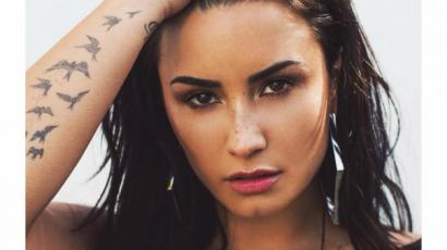 Ilyen szexi képet még sosem osztott meg Demi Lovato
