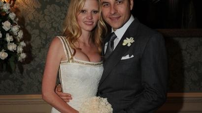 Ilyen volt Lara Stone álomesküvője
