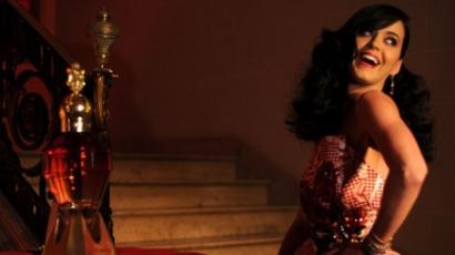 Íme, Katy Perry új parfümje, a Killer Queen