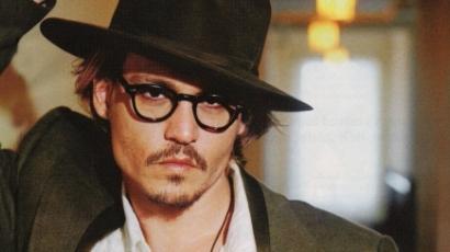 Indiánt játszik legújabb filmjében Johnny Depp
