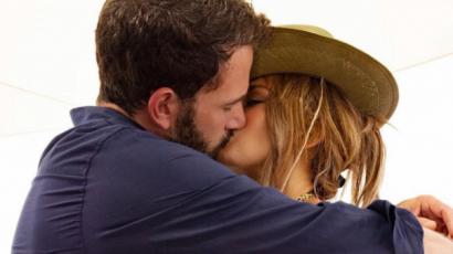Instagram-hivatalos lett Ben Affleck és Jennifer Lopez kapcsolata