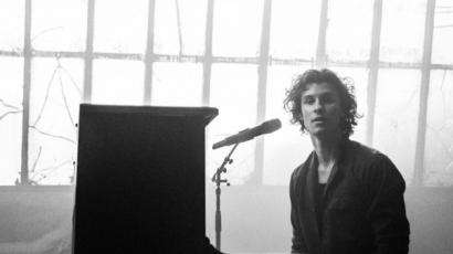 Itt az akusztikus verziója Shawn Mendes új dalának