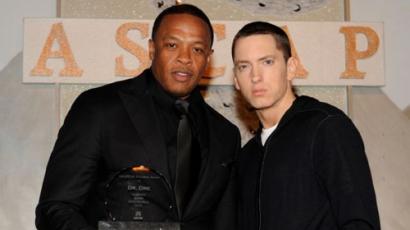 Eminemnek orvosra van szüksége