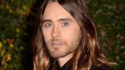 Jared Leto megvált hosszú hajától