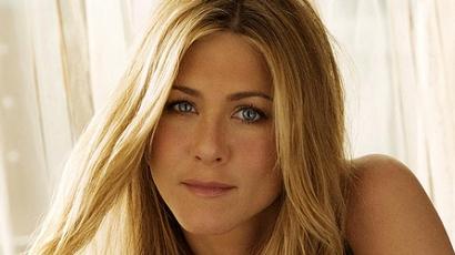 Jennifer Aniston édesanyja kórházba került