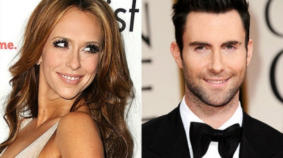 Jennifer Love Hewitt bukik Adam Levine-re