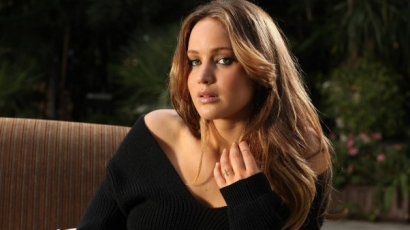 Jennifer Lawrence-et bűntudat gyötri, amiért nős férfival bújt ágyba