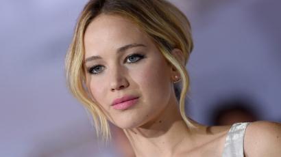 Jennifer Lawrence magángépe kényszerleszállást hajtott végre