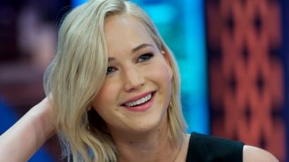 Jennifer Lawrence még sosem csókolt meg senkit szilveszter éjfélkor