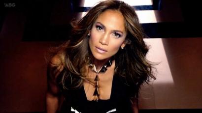 Jennifer Lopez saját weboldalt hozott létre