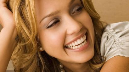 Jessica Alba a Kémkölykök 4-ben