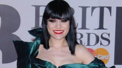 Jessie J kórházba került