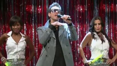 Jim Carrey énekesi babérokra tör