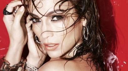 JLo ismét a L'Oréal arca lesz