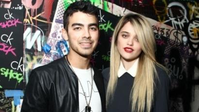 Joe Jonas és Sky Ferreira egy pár?