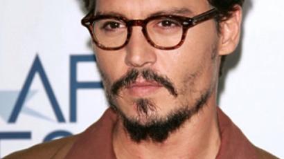 Zayn Malikkal ajándékozta meg lányát Johnny Depp