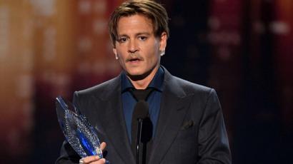 Johnny Depp megható beszédben mondott köszönetet mindazoknak, akik kiálltak mellette