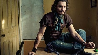 Johnny Depp rockban is utazik