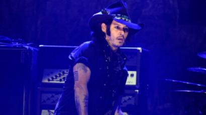 Johnny Depp zenélésre cseréli a színészetet?