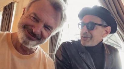 Jól telik a Jurassic World: Dominion forgatása: Sam Neill és Jeff Goldblum együtt énekelgetett