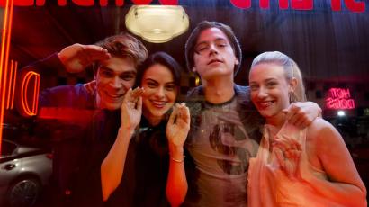 Jól teljesít a Riverdale – A The CW berendelte a második évadot