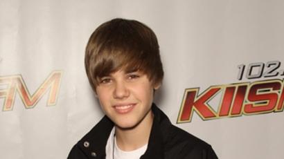 Justin Bieber is jótékonykodik