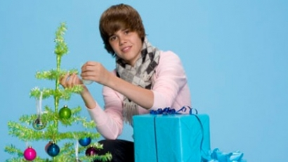 Justin Bieber karácsonykor Obamának énekel