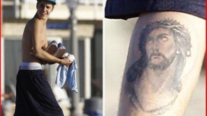 Justin Bieber újabb tetoválást csináltatott