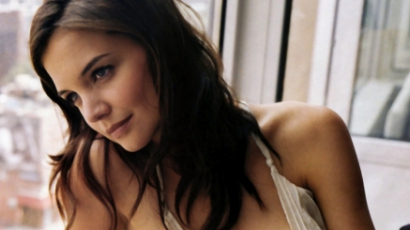 Katie Holmes párkapcsolati tanácsadóhoz jár