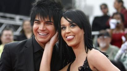 Katy Perry és Adam Lambert együtt tevegeltek