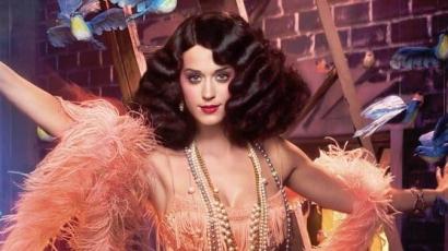 Katy Perry a babtól néz ki ilyen jól