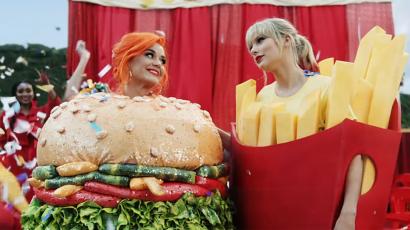 Katy Perry nyilvánosan dobta fel a labdát Taylor Swiftnek