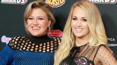 Kelly Clarkson elárulta, szerinte miért nagyon fontos, hogy Carrie Underwood nyilvánosságra hozta vetéléseit