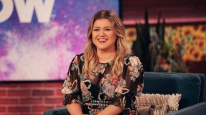Kelly Clarkson elárulta, tehetségkutatós szereplése miatt sokkal gonoszabban bántak vele a szakmában