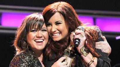 Kelly Clarkson feldolgozta Demi Lovato slágerét