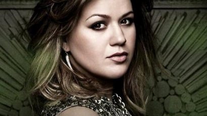 Kelly Clarkson még sosem volt szerelmes