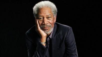 Kényszerleszállást hajtott végre Morgan Freeman repülőgépe