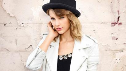 Keresztanyuka lesz Taylor Swift