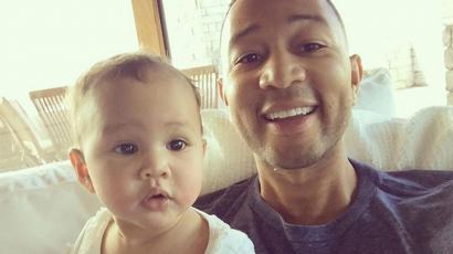 Tiszta apja ez a lány! Kis kori fotót osztott meg magáról John Legend
