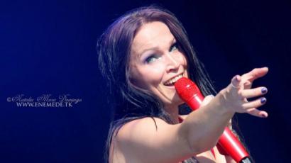 Kislemezéről mesélt Tarja