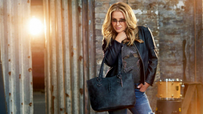 Klippremier: Anastacia – Caught In The Middle
