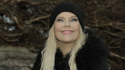 Klippremier: Anette Olzon – Shine
