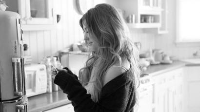 Klippremier: Ella Henderson – Yours