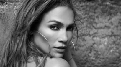 Klippremier: Jennifer Lopez - First Love