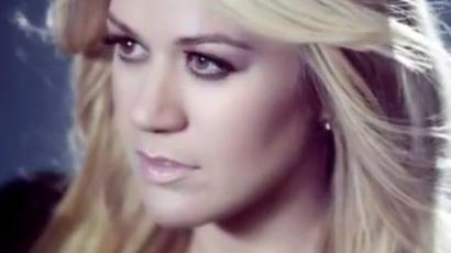Klippremier: Kelly Clarkson — Catch My Breath