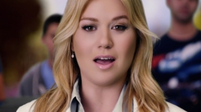 Klippremier: Kelly Clarkson — Tie It Up